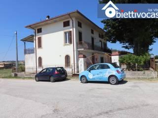 Foto - Terratetto unifamiliare Strada Vicinale Montrone, Torano Nuovo