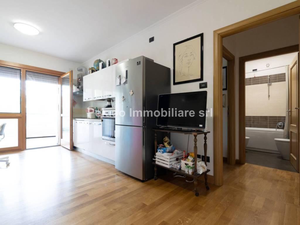 Vendita Appartamento Roma Bilocale In Via Borghetto Di Nuovo Quarto Piano Terrazza Riscaldamento Autonomo Rif 89104383