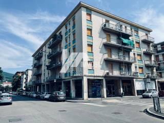 Foto - Quadrilocale da ristrutturare, terzo piano, Via Veneto - Borgo Trento, Brescia