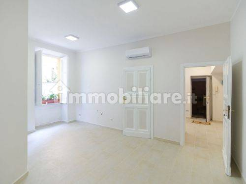 Vendita Appartamento Roma. Monolocale in via Cerveteri ...
