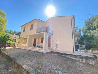 Photo - Two-family villa via Don Guerrino Rota, Collerisana, Spoleto