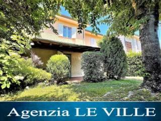 Foto - Rustico via Eugenio Montale, 55045, Pietrasanta