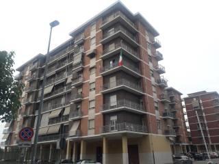 Foto - Trilocale via Gaetano Amati 115, Venaria Reale