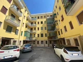 Foto - Trilocale via Lucrezia Aguiari 30, Canapa, Ferrara