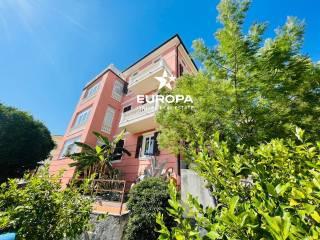 Foto - Villa unifamiliare, ottimo stato, 528 mq, Ospedaletti