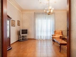 Foto - Appartamento via Martiri del 6 Ottobre 13, Centro, Lanciano