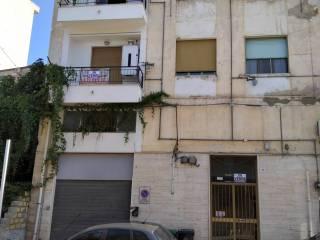 Foto - Appartamento via Ernesto Vassallo, Centro, Caltanissetta