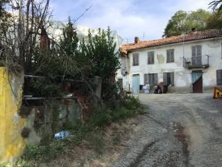 Foto - Cascina via Toetto, Toetto, Castelnuovo Calcea