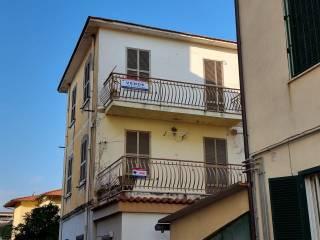 Foto - Bilocale viale Giuseppe e Giulia Romanelli 13, Centro, Minturno