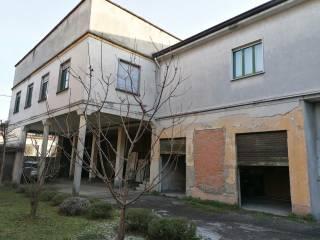 Foto - Rustico via Trento e Trieste 96, Altopiano, Baruccana, Seveso