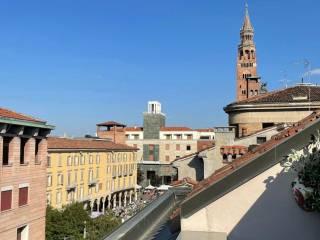 Foto - Quadrilocale buono stato, quarto piano, Centro, Cremona