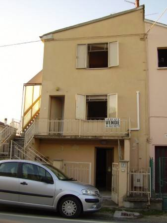 foto  Single-family townhouse via Andrea Doria, Sermide e Felonica