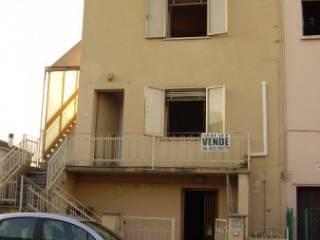 Photo - Single-family townhouse via Andrea Doria, Moglia, Sermide e Felonica