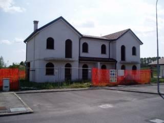 Photo - Two-family villa via Ca' dalla Chiesa, Papozze