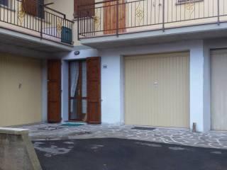 Foto - Trilocale Località Farne' Chiesina 69, Chiesina Farné, Lizzano in Belvedere