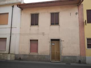 Foto - Appartamento via F  Porcella 54, Terralba
