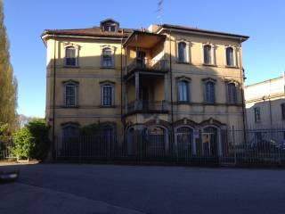 Palazzo / Stabile Vendita Rozzano