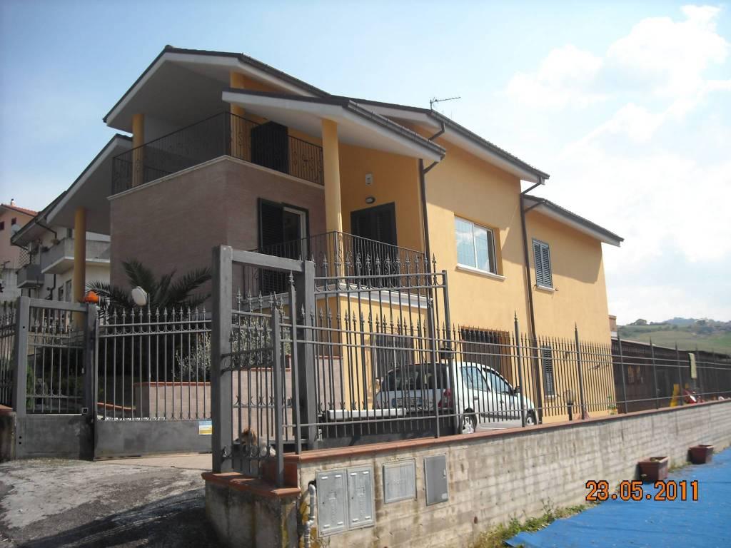foto  Single family villa frazione campogrande, Castellalto