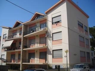 Photo - 4-room flat via Giuseppe Garibaldi 74, Pineto