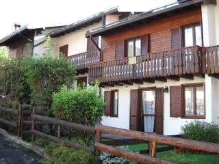 Photo - Terraced house via Rocol, Colere
