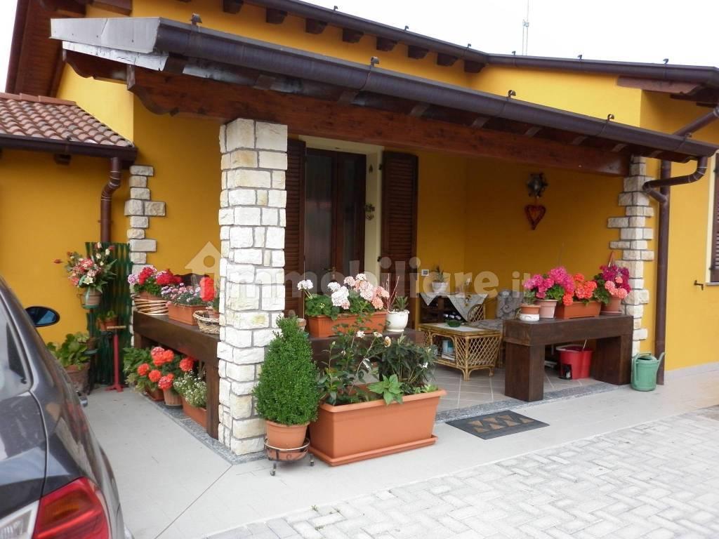 foto  Single family villa viale Alessandro Manzoni, Pieranica