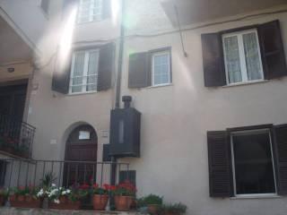 Foto - Trilocale via Padre Pellegrino Ernetti 1, Rocca Santo Stefano