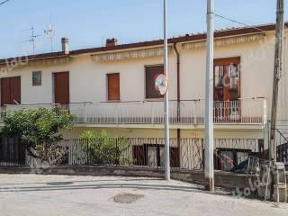 Foto - Quadrilocale Strada Provinciale San G  del Sannio-Marzano-Cucciano, Centro, San Giorgio del Sannio