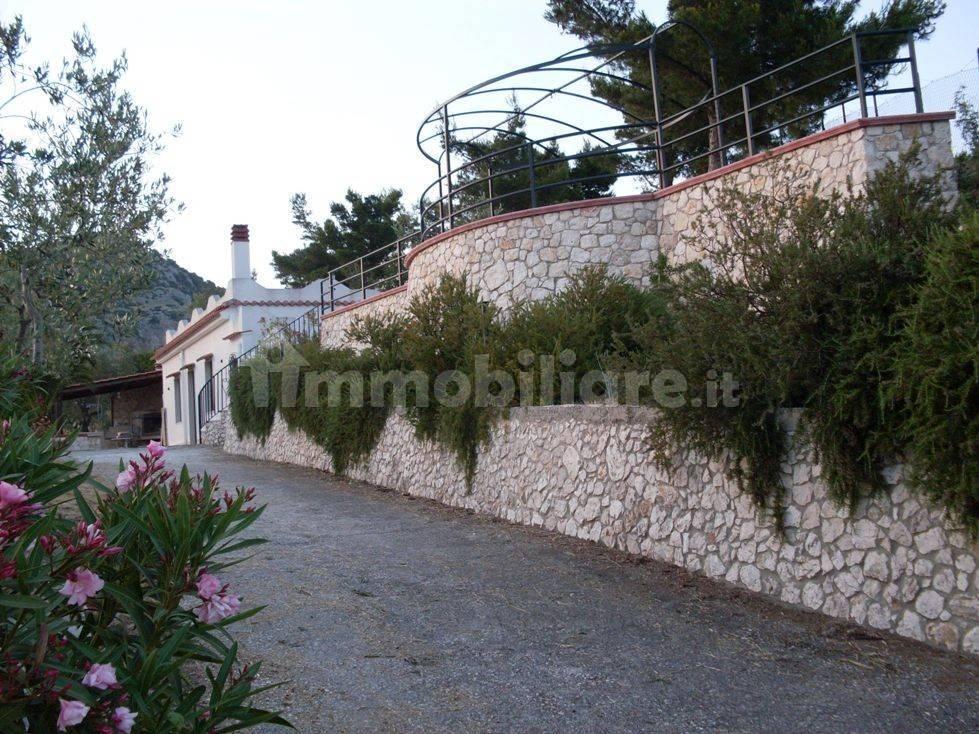 foto  Single family villa, excellent condition, 80 sq.m., Mattinata