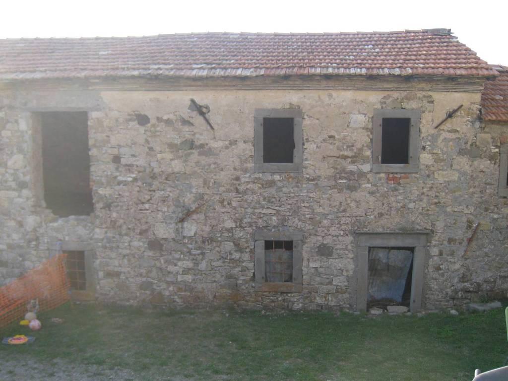 foto  Rustico via Teggia, Frassinoro