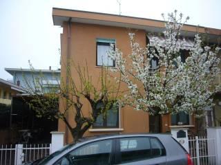 Foto - Villa bifamiliare via Giacomo Puccini 8, Centro, Gabicce Mare