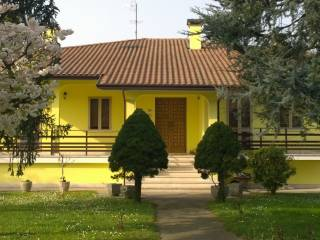 Foto - Villa unifamiliare via Precona, Castelguglielmo