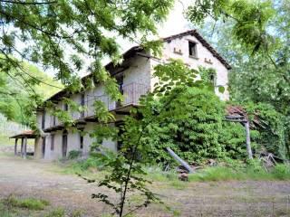 Foto - Casa colonica, da ristrutturare, 210 mq, Vesime