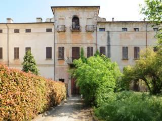 Photo - Building via Vittorio Veneto 15, Ostiglia