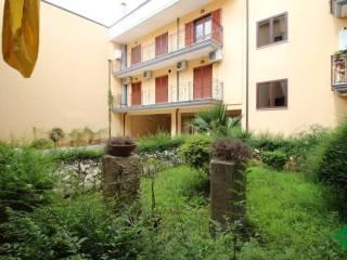 Foto - Trilocale via enrico lauro, -1, Centro, Grazzanise