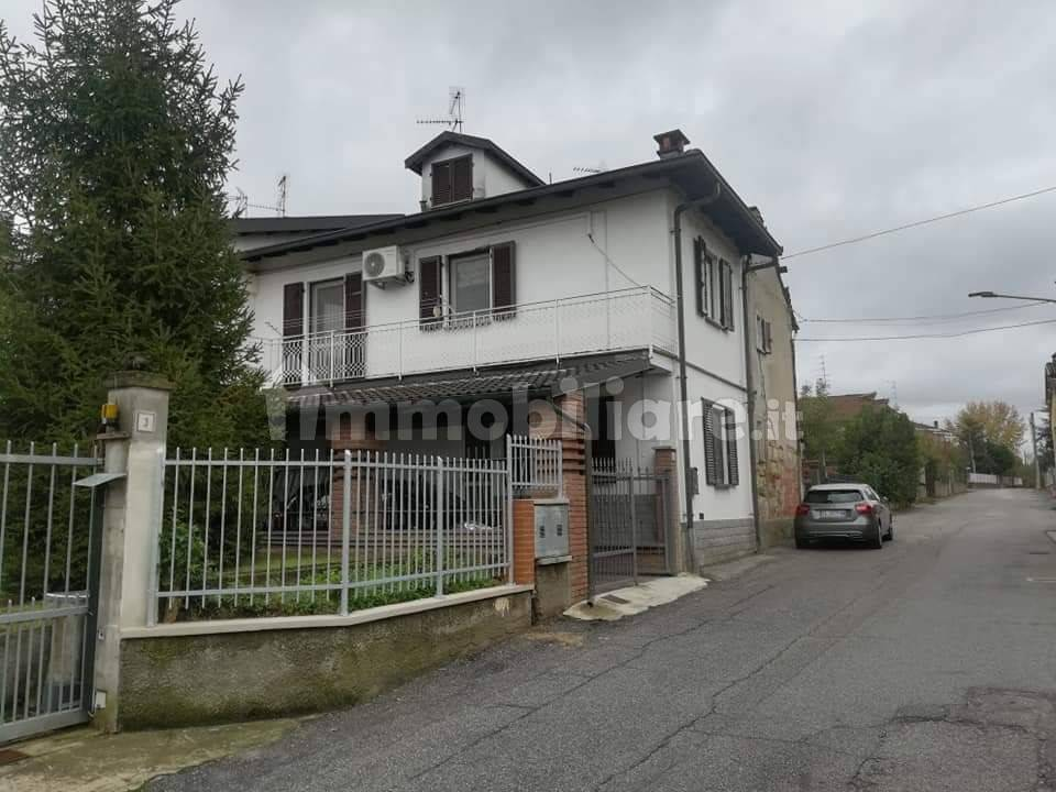 foto  Apartment via Colombarone 5, Conzano