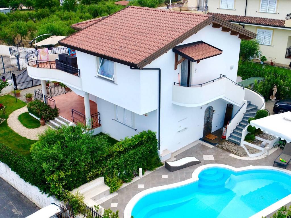 Vendita Villa unifamiliare in piazza Italia 20 Praia a Mare. Nuova ...