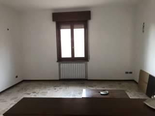 Palazzo / Stabile Vendita Gossolengo