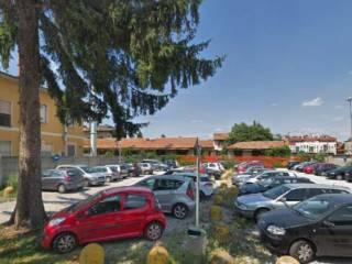 area lato parcheggio