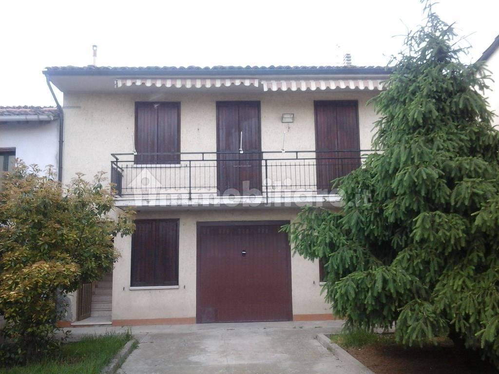 foto  Single family villa via Arturo Tosi 11, Rivarolo Mantovano