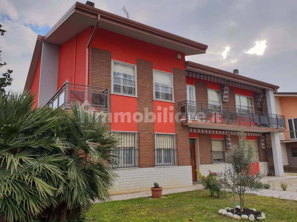 foto  Single family villa via Milazzo 127, Sermide e Felonica