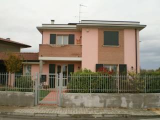 Photo - Single family villa via Torquato Tasso, Marmirolo
