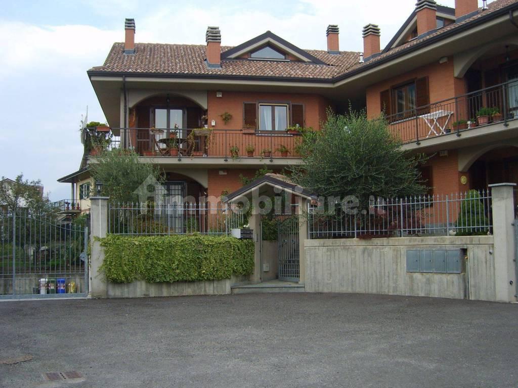 foto  Multi-family villa via Primo Levi 11, Sant'Ambrogio di Torino