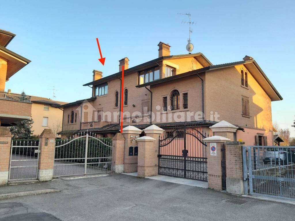 foto  Two-family villa via Portogallo, Reggio Emilia
