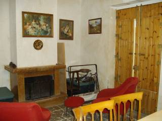 Photo - Apartment via Monte Grappa 35, Piedimonte Etneo