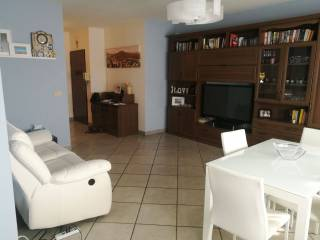 Photo - 4-room flat via Giuseppe Saragat 25, Venaria Reale