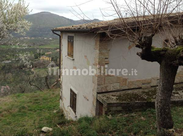 foto  Farmhouse Strada Provinciale  Montorio, Nerola