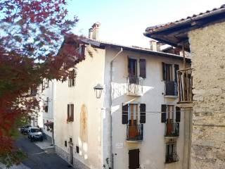 Foto - Trilocale via Sant'Anna 60, Centro, Bagolino