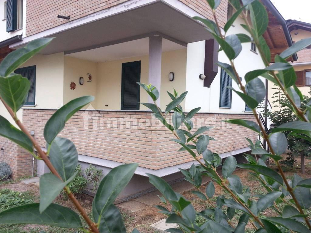 foto  Apartment in villa via 4 Novembre 93, Arconate
