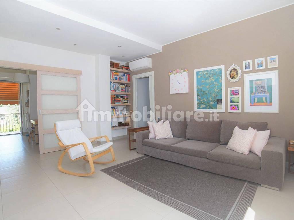 foto  3-room flat via Achille Grandi 17, Arosio