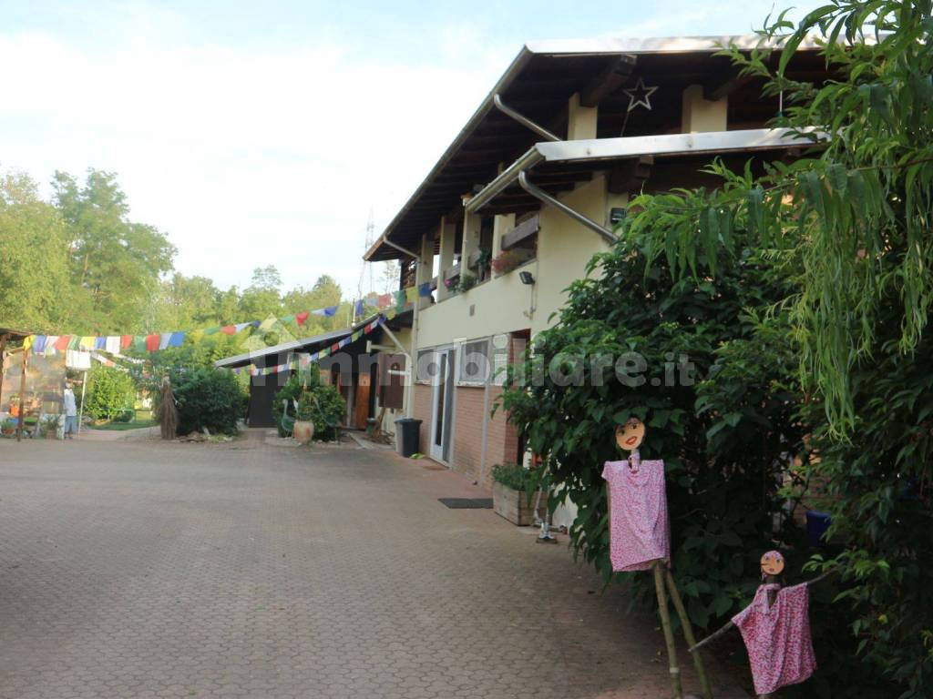 foto  Multi-family villa via Europa 17, Turbigo